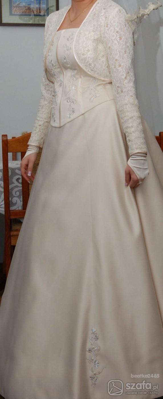 Na specjalne okazje sukienka ślubna
