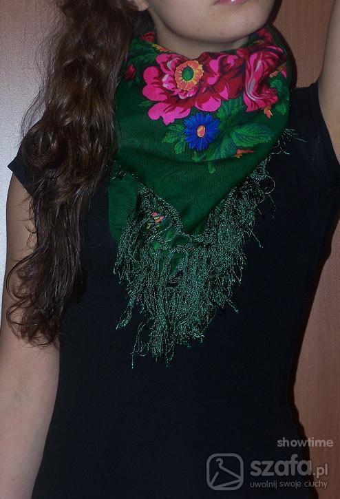 Pozostałe Góralskazielona chusta w kwiaty