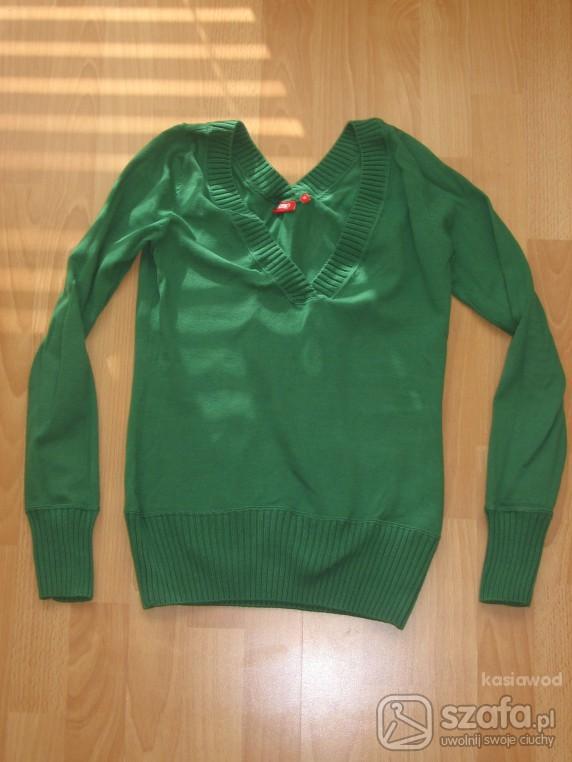 Swetry Zielony sweterek