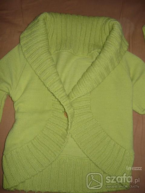 Swetry Zielony sweterek zapinany na jeden guzik