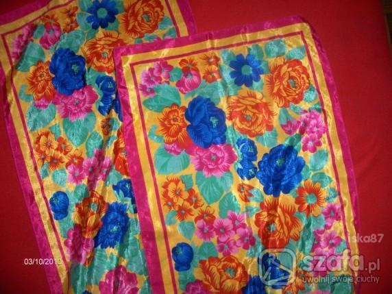 Chusty i apaszki kolorowa kwiaty