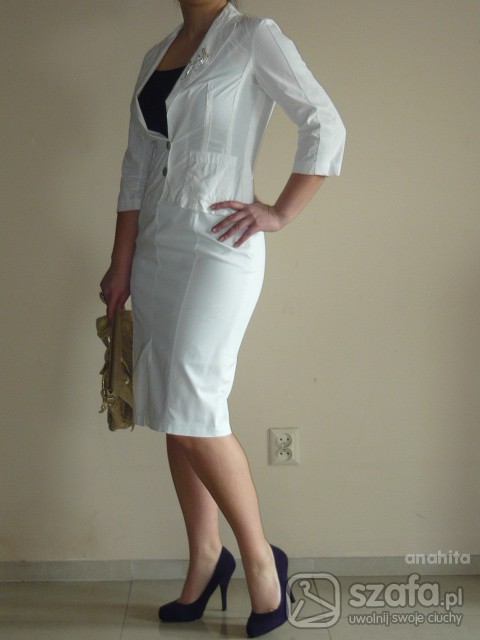 Eleganckie fioletowo biala elegancja