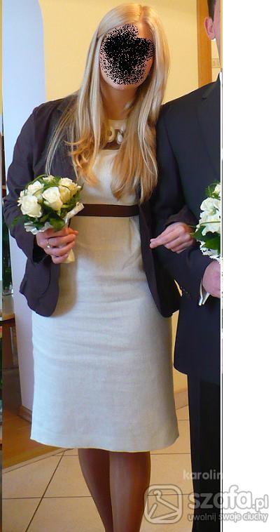 Na specjalne okazje beżowa lniana sukienka