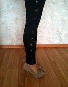 ćwiekowe legginsy