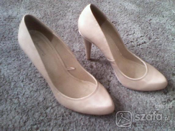 Nude shoes MOJE