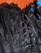 Sukienka mini koronki i gorset
