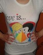 Koszulka Love is