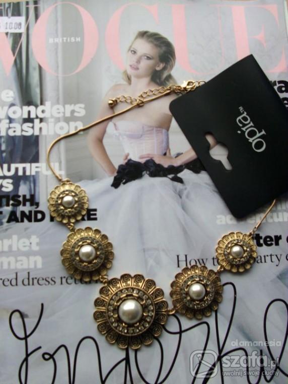 naszyjnik w kwiaty z perłami