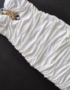 sukieneczka z łańcuszkiem