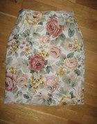 Piękna spódniczka w kwiaty floral