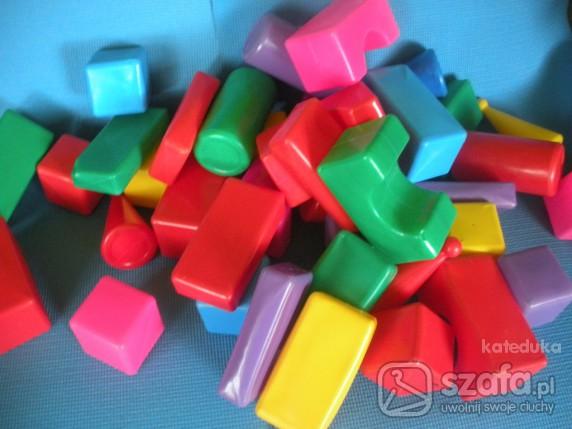 Zabawki wieelkie kolcki