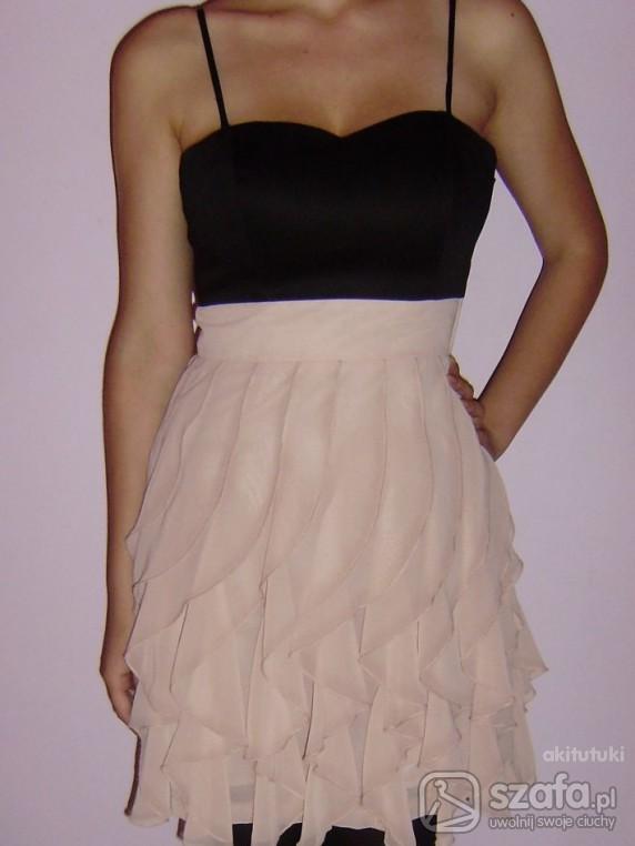 pudrowy róż falbanki sukienka HM