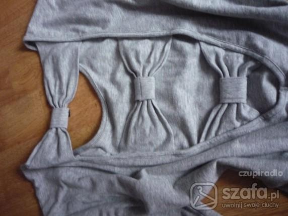 Kokardki na plecach czyli bluzka z Reserved