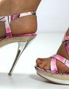 Przesliczne sandały na szpilce