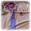 krawat damski niebieskiw kwadraty