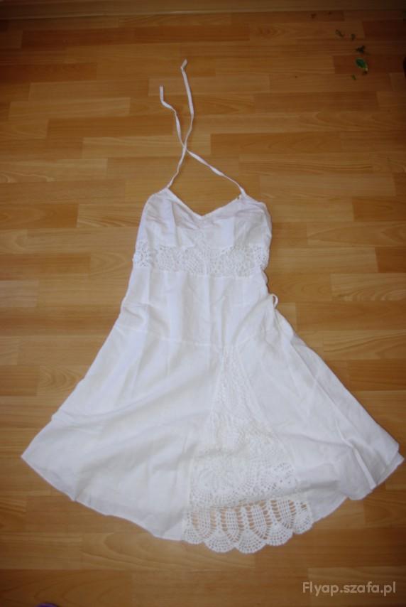 Sukienka biała letnia z haftem