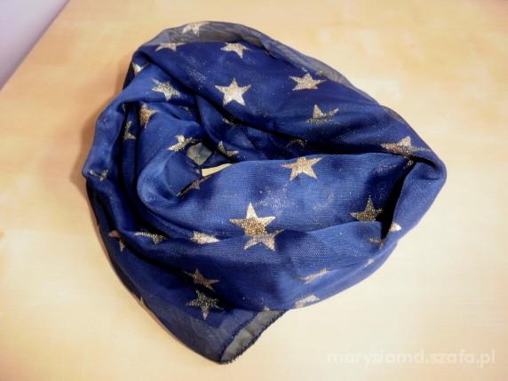 Chusty i apaszki be a star