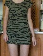 sukienka i zakolanówki