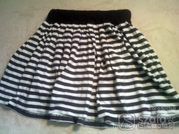 Spódnice Pilnie szukam