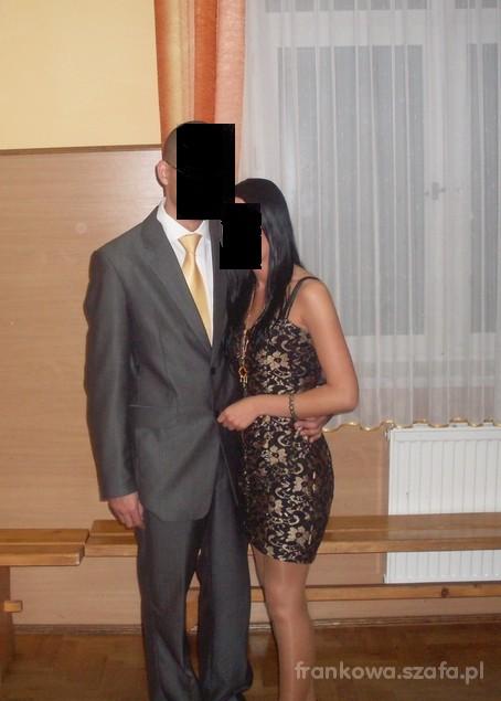 Na specjalne okazje sukieneczka z sh