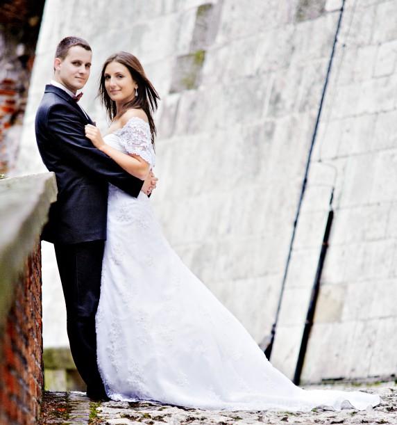 Na specjalne okazje suknia ślubna demetrios 1388 LISA FERRERA 38 2010