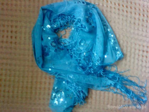 Chusty i apaszki śliczna błękitna apaszka z cekinami