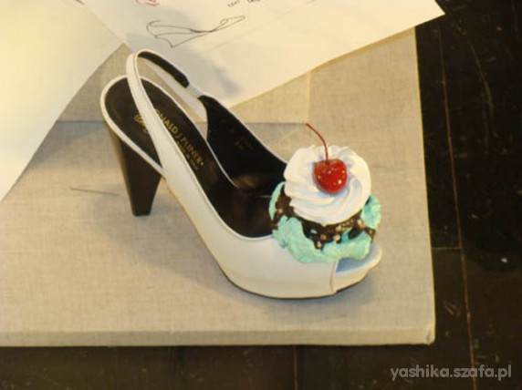 Donald J Pliner sweet shoes