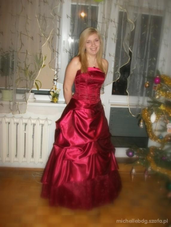 Wieczorowe Długa wieczorowa suknia