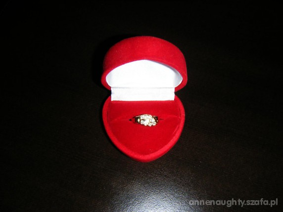 Pierścionki zaręczynowy
