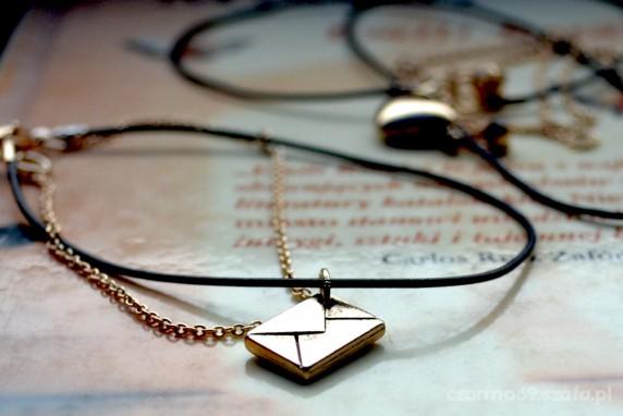 bransoletka i łańcuszek z zawieszkami HiM
