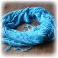 Niebieska chusta arafatka