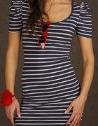 Sukienka marynarski styl z bufkami...
