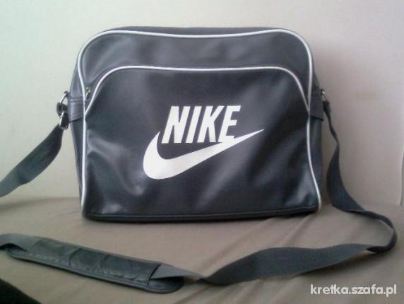 917d61521b24d torba Nike na laptopa w Torebki na co dzień - Szafa.pl