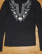 Czarna bluzka z haftem