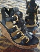 POSZUKUJĘ gladiatorki Graceland koturny...
