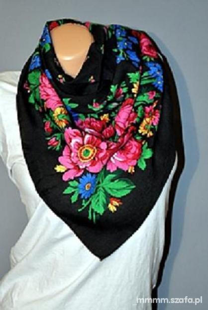 Chusty i apaszki ludowa chusta kwiaty folk