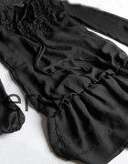 Japan Style Mgiełka czarna żabot...