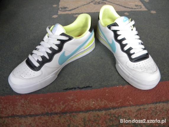 Nike Sweet Ace 83