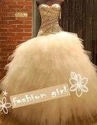 Suknia ślubna gorset wyszywany cyrkoniami 1200zl