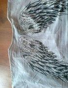 nietoperz ze skrzydłami