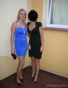 piękna chabrowa sukienka...