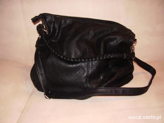 czarna duża torba bershka