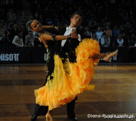 d7aad8b5d6 Sukienka do tanca nowości 2019 - Szafa.pl