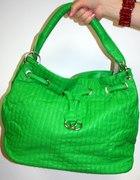 Kolor soczystej zieleni