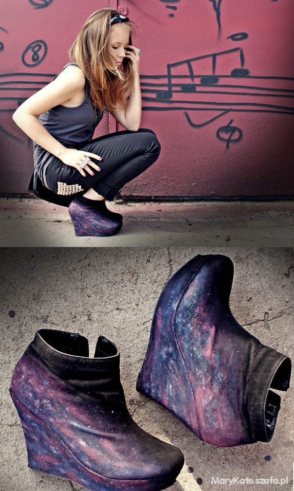 studs & galaxy wedges outfit