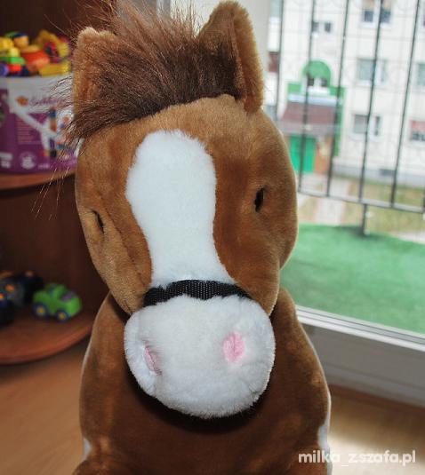 Zabawki koń mega przytulak