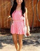 rozowa sukienka