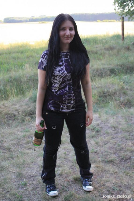 Goth Skeleton girl