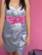 Sukienka Umik S stalowa z różową kokardą...