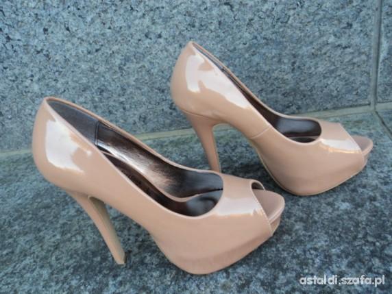 Czółenka Cieliste buty Atmosphere New Look